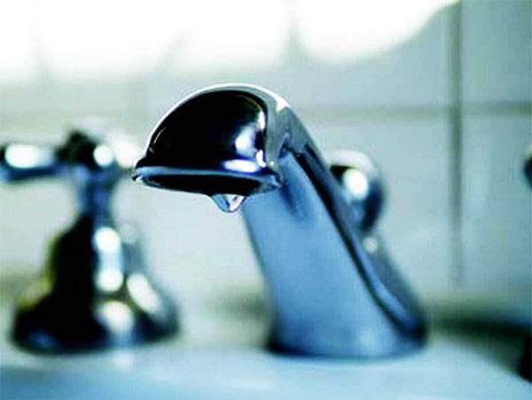 como ahorrar agua en el baño