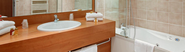 ¿Cómo Solucionar Los Malos Olores En El Baño?
