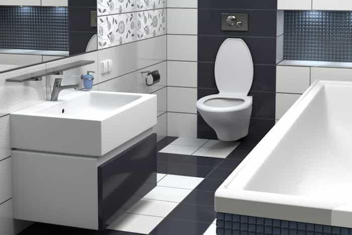 Cuarto de baño instalado en un semisótano sin desagüe