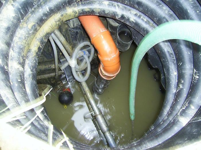 Atasco de una arqueta de aguas residuales